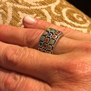 Silver 925 ring with beautiful inlayed stones